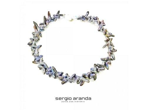 Sergio Aranda Joyas con Historia - Gargantillas perlas cultivadas - en la Calle Alcantara 44 de Madrid