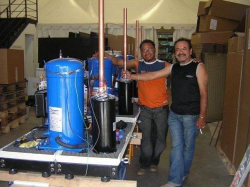 maquinaria construida para  climatizacion de picinas de un complejo deportivo