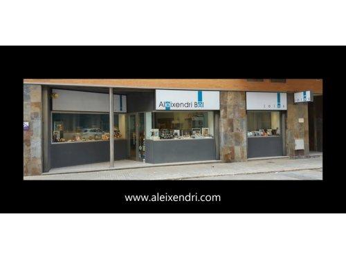 Tienda física en Tortosa
