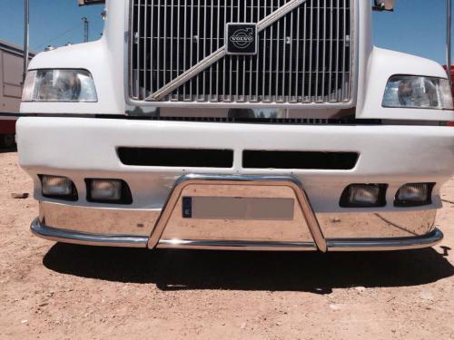Embellecedor de paragolpes de camión en acero inox brillo