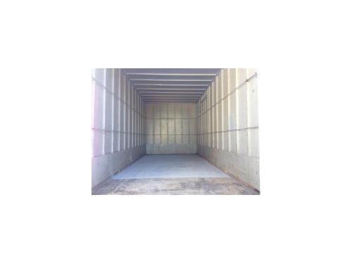 Este es El camion de 25m3 su interior