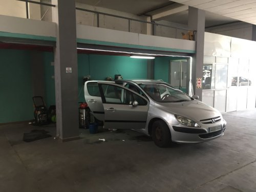 Interior lavadero de coches don benito 2