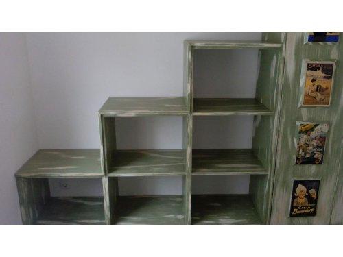libreria realizada  en pìno y decapado al gusto