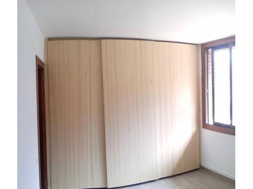 armario puertas correderas madera II