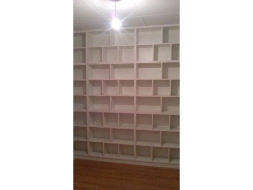 libreria abierta en melaminico blanco