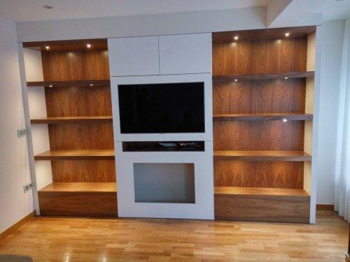 mueble de salón con iluminación led, tv y estufa de bioalcohol