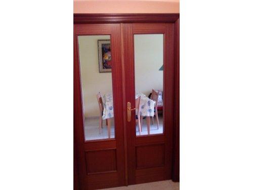 Puerta vidriada
