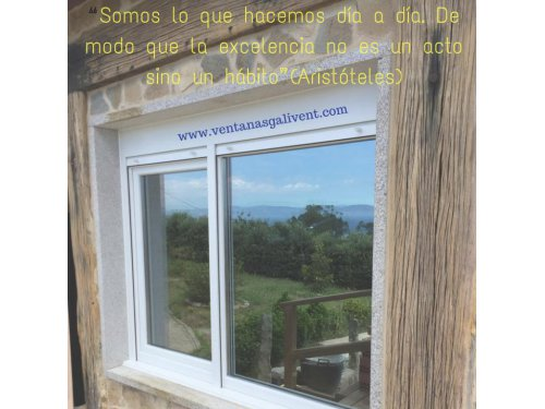 Ventanas casa piedra Santiago de Compostela