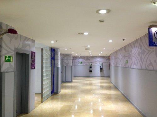 Montaje de centros comerciales-zonas comunes