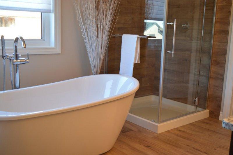 Instalación de bañeras y platos de ducha