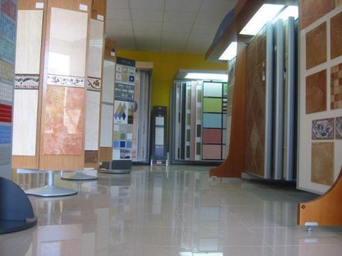 Azulejos y pavimentos (ofertas) en nuestras exposiciones