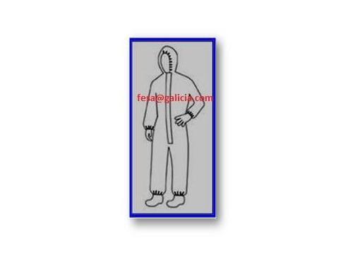 Buzo con capucha y elasticos