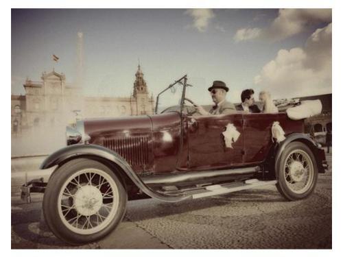 Un coche de época de coches clásicos del aljarafe