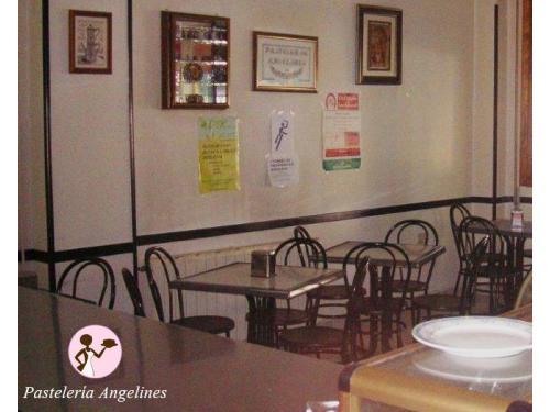 Salón Pastelería Angelines
