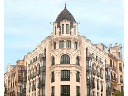 Fachada de Hotel Innside Madrid Luchana