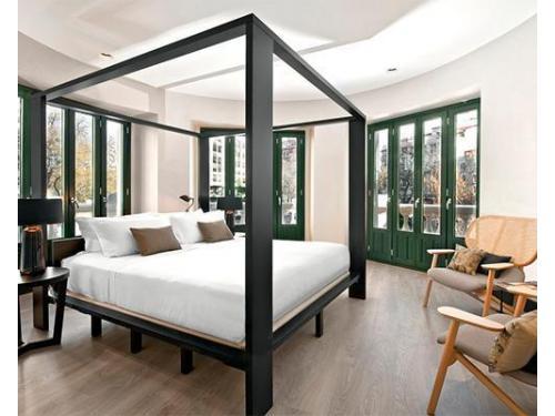 Corner loft room
